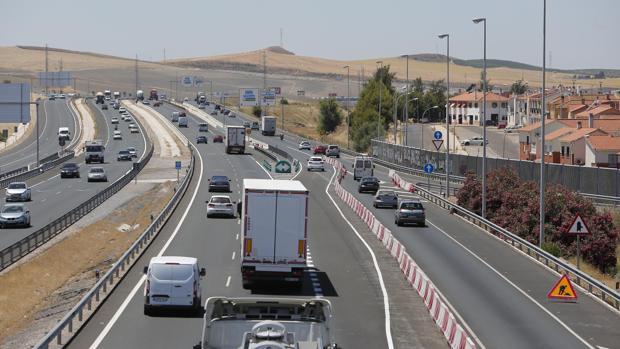 Nueva salida de la A4 en Córdoba que está reformando Fomento