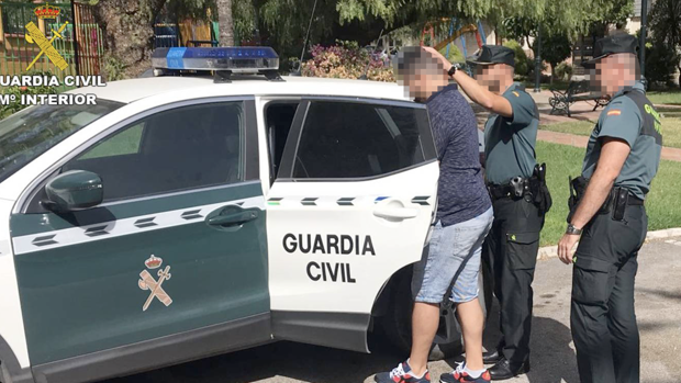 Momento de la detención en Churriana (Málaga)