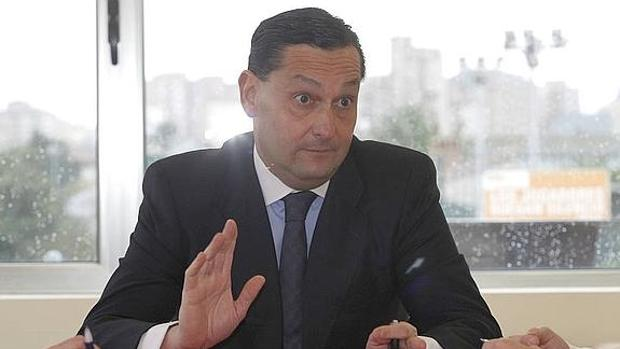 Alfredo García Amado en un encuentro con la prensa