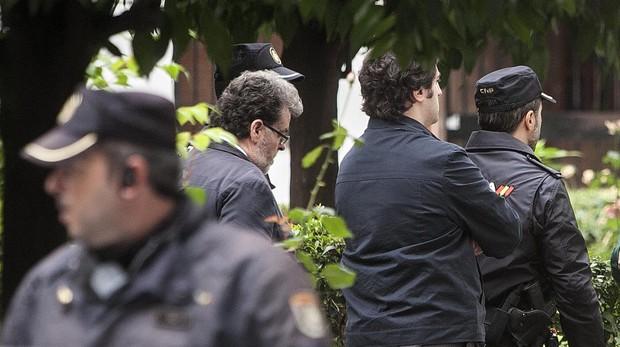 Agentes en la calle Sagunto en una imagen de archivo