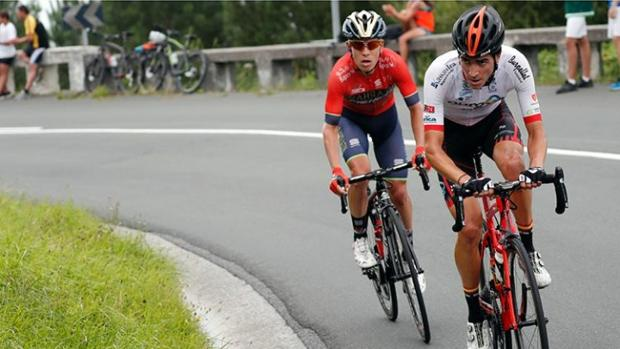 Jorge Cubero participando en una prueba del calendario ciclista