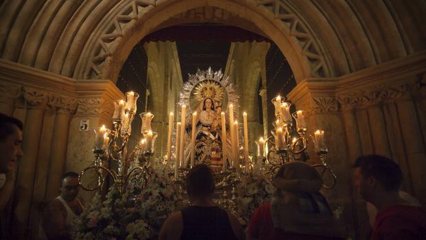 La Virgen de la Victoria, durante su salida procesional del pasado año