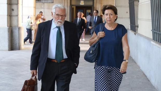 Magdalena Álvarez llega a los Juzgados este martes