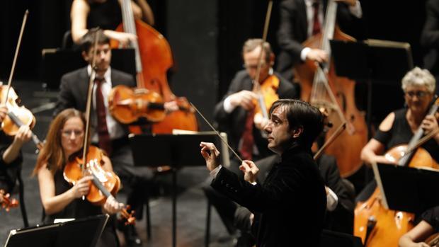 Carlos Domínguez Nieto, en su primer concierto con la Orquesta de Córdobaa en Córdoba
