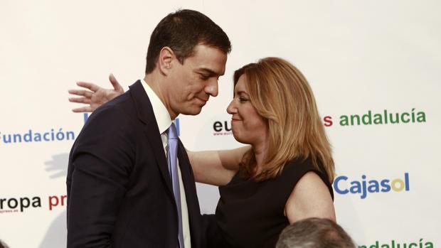 Pedro Sánchez y Susana Díaz en un desayuno ionformativo de Europa Press