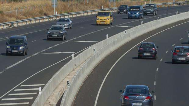 La DGT prevé que se realicen más de un millón de desplazamientos en Andalucía durante el puente del Pilar