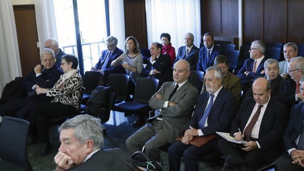 Banquillo de los acusados en el juicio del caso ERE