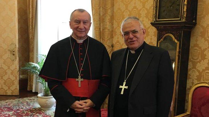 El cardenal secretario de Estado del Vaticano junto al obispo de Córdoba, en Roma