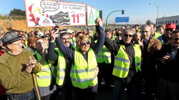 Aurora Rubio encabezó en 2013 como alcaldesa una marcha para reivindicar la deuda del Miner con Belmez
