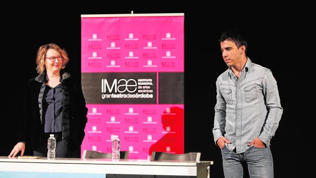 Natalia Menéndez y Víctor Sevilla en la presentación de «Tebas Land»