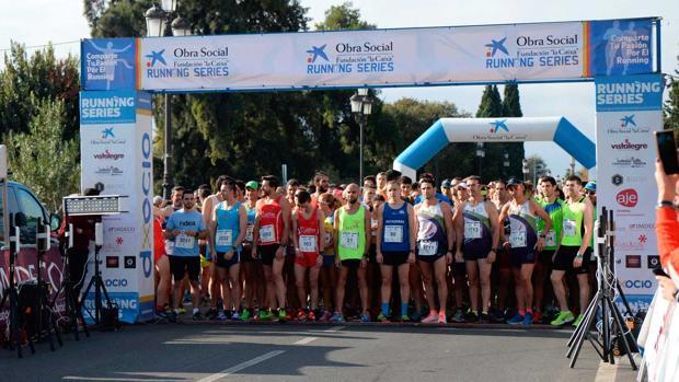 Un momento de la salida de la última prueba en Peñarroya-Pueblonuevo