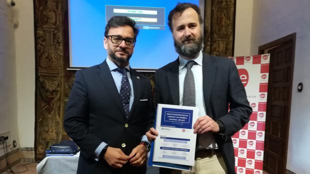 Manuel Alejandro Cardenete y Francisco Castejón, en la presentación del informe sobre la AJE