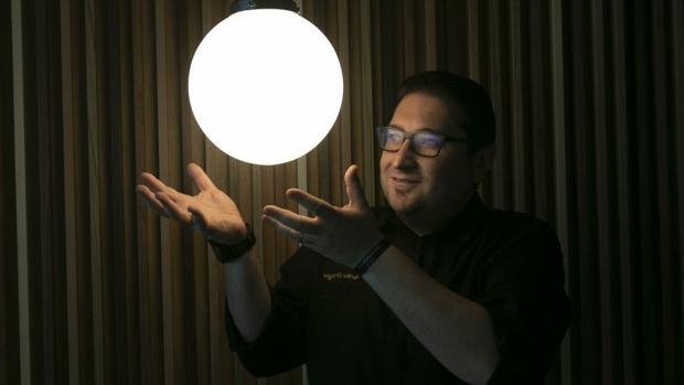 El chef Periko Ortega en su nuevo restaurante Recomiendo