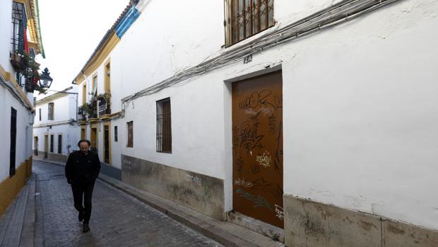Casa de la calle Carlos Rubio, del barrio de San Pedro de Córdoba, en que están los baños árabes