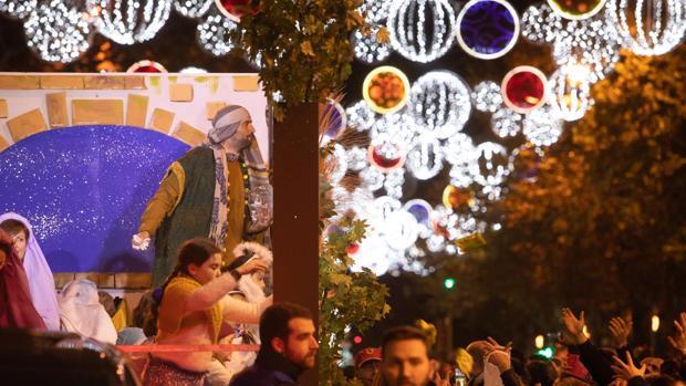Una de las carrozas de la Cabalgata de Reyes Magos de Córdoba