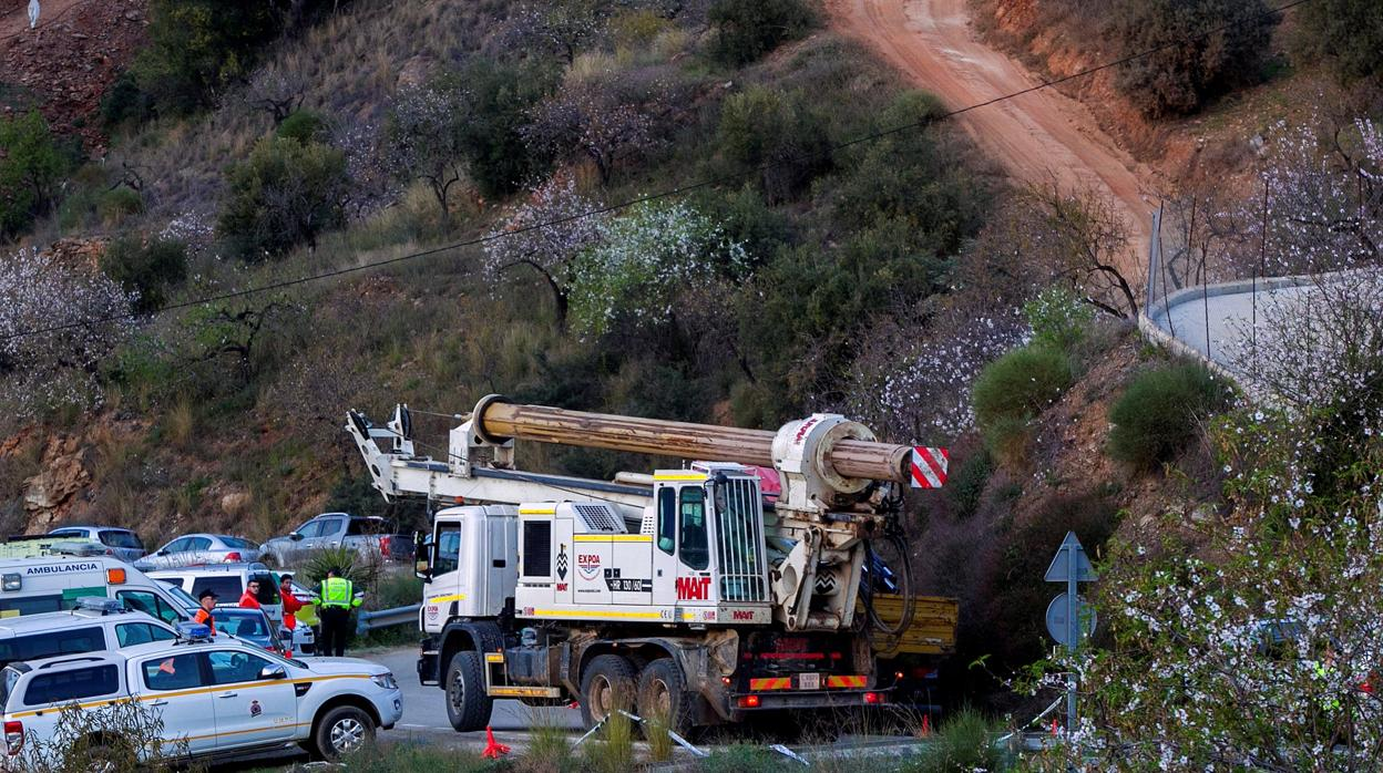 Dos Tuneles Para Buscar A Julen En El Pozo De Totalan