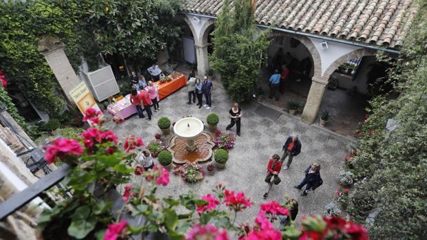 Imagen del patio central del Palacio de Viana gestionado por la Fundación Cajasur