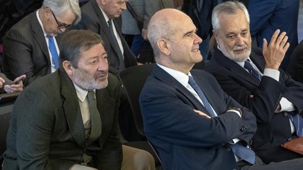 Los expresidentes Manuel Chaves y José Antonio Griñán, y el exdirector Javier Guerrero en el juicio de los ERE