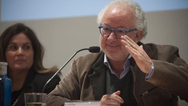 Fernando Francés está investigado (antes imputado) por un delito contra el patrimonio histórico