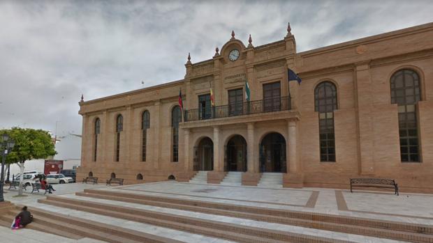 El Ayuntamiento de la Puebla del Río