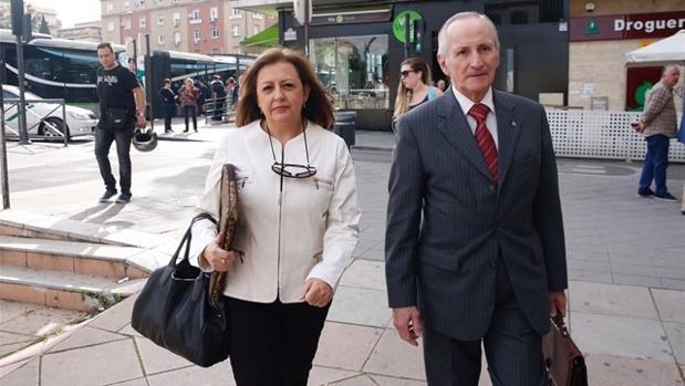 La exdirectora de la Alhambra, María del Mar Villafranca, a su llegada a los juzgados de Granada.