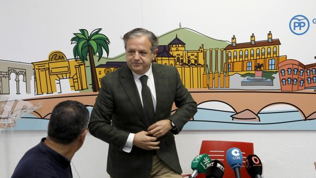 Salvador Fuentes, en una rueda de prensa