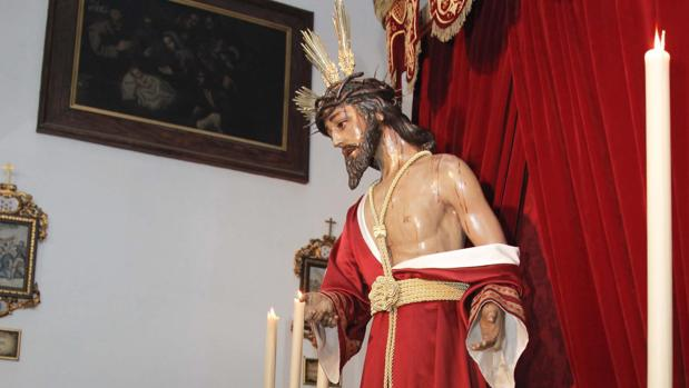 Nuestro Padre Jesús de la Humildad y Paciencia durante su besapiés en la iglesia del Santo Ángel