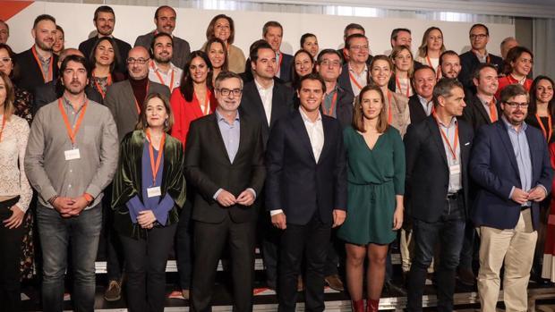 Rivera, este viernes, con los cabezas de lista del partido en España