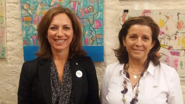 A la izquierda Reyes Romero; a la derecha María José Piñero