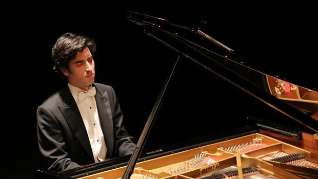 El pianista cordobés Pablo Amorós, durante un concierto
