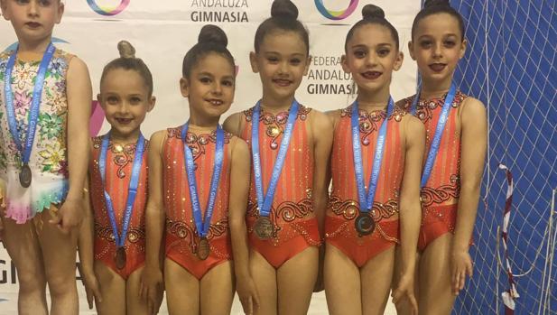 Las gimnastas del Liceo Córdoba que consiguió un bronce en Écija