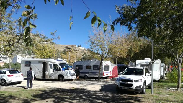 Usuarios del punto de caravanas de Doña Mencía