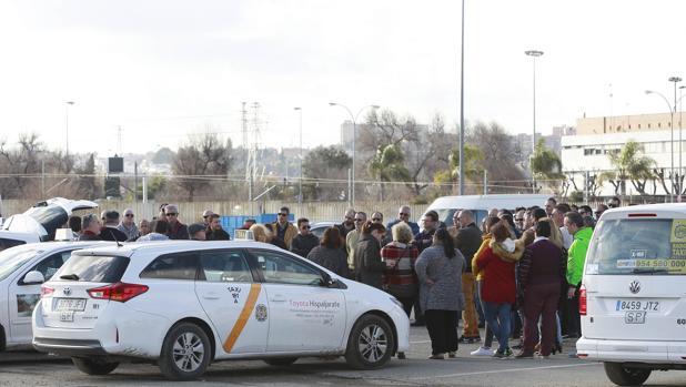Una de las asambleas celebradas por el Foro Taxi libre para debatir sobre su competencia con las VTC