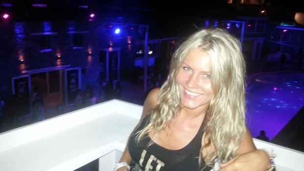 Agnese Klavina en una de las fiestas a las que asistió en Marbella