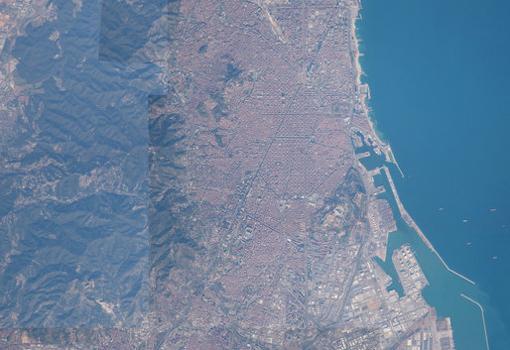 Panorámica de Barcelona desde el espacio