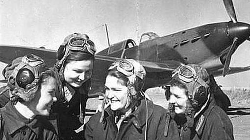 Varias aviadoras del Ejército Rojo