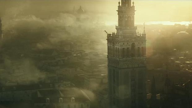 La Giralda de Sevilla, en un fotograma de la adaptación cinematográfica de «Assassin's Creed»