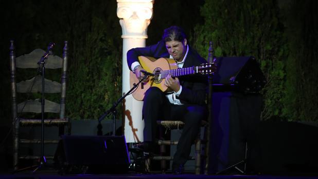 Manuel Valencia, durante su actuación en el Espacio Santa Clara