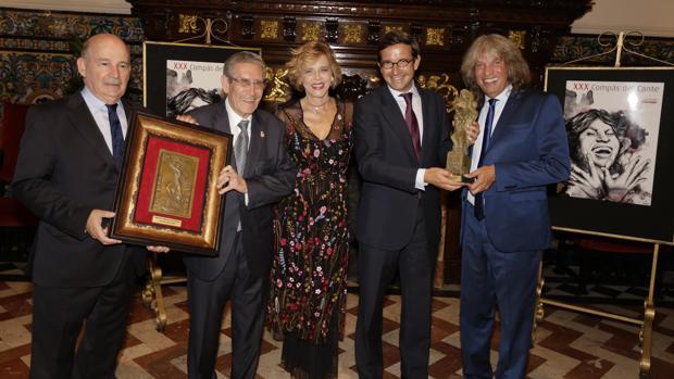 Julio Cuesta, Antonio Murciano, Mª Ángeles Rodríguez de Trujillo, Jorge Paradela y José Mercé