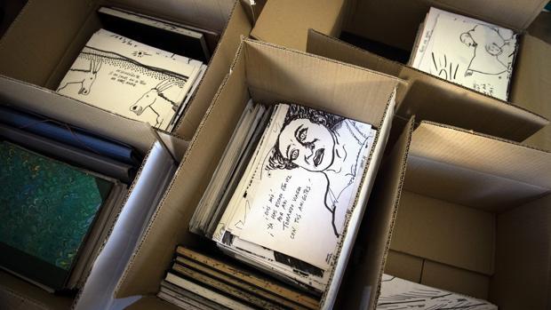 El archivo de Chumy Chúmez, embalado en cajas