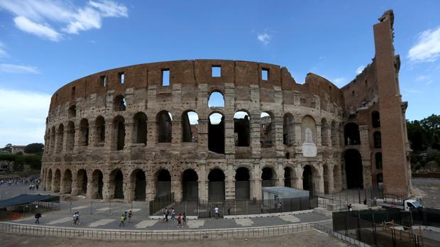 El monumental Coliseo de Roma