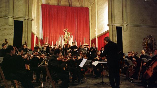La Orquesta Barroca de Sevilla durante un concierto en 2002
