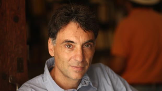 Antonio Iturbe, autor de «A cielo abierto», novela con la que ganó el Biblioteca Breve