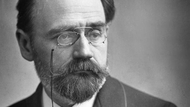 El escritor francés Émile Zola, padre del naturalismo
