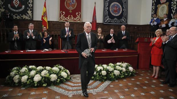 Eduardo Mendoza, tras recibir el premio Cervantes