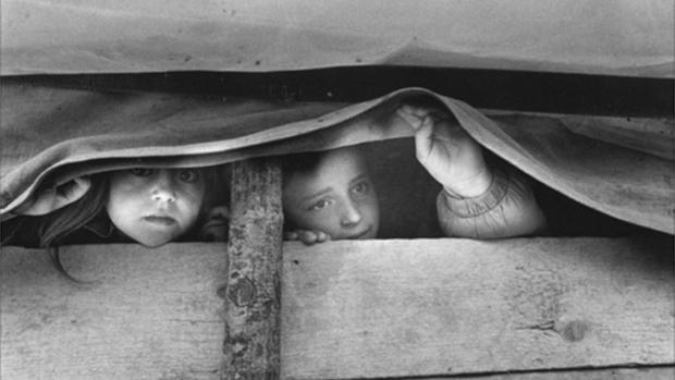 Fotografía de Gervasio Sánchez, una de las obras que expuestas en «PHES