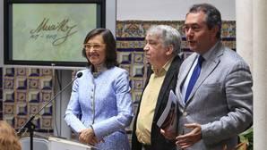 Rosa Aguilar, Enrique Valdivieso y Juan Espadas