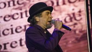 Joaquín Sabina durante un concierto de la gira