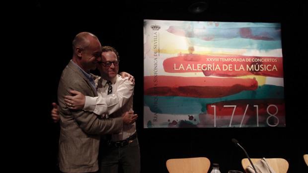 John Axelrod y Antonio Muñoz durante la presentación de la próxima temporada de la ROSS