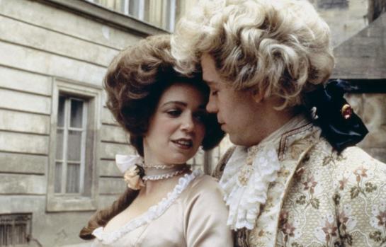 Wolfgang Amadeus Mozart y Konstanze Weber en la película «Amadeus»